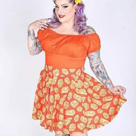 8e1e9534d19 Brand new orange peasant top plus sizes also